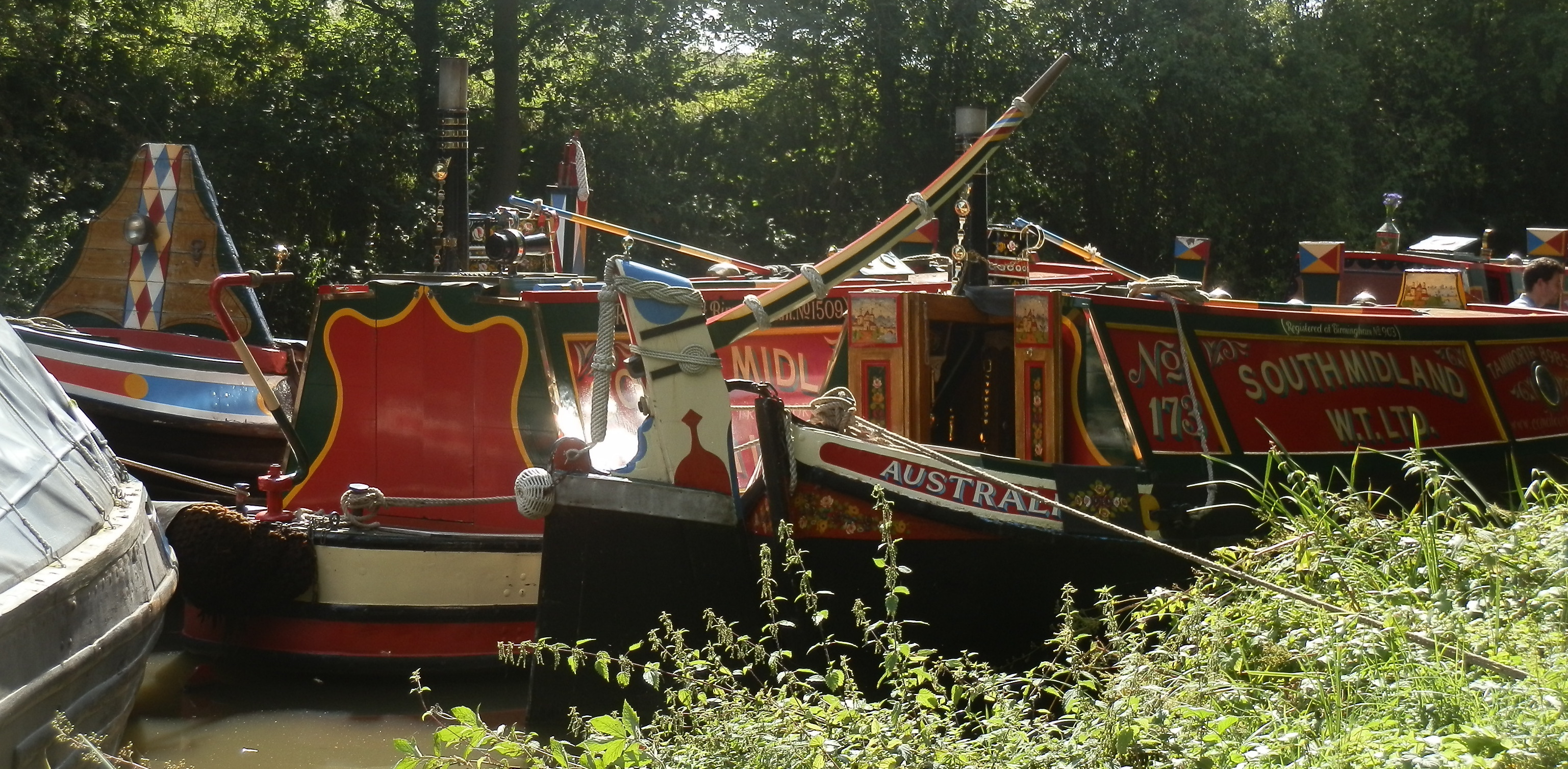 Working canal boats at the Ashby Canal Shackerstone Family Festival