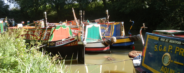 Working boats visit Shackerstone Family Festival