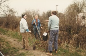 Putting in new mile posts, John Kendal, Roy Hockley Ray Lockley and Keith Deakin, 1984.