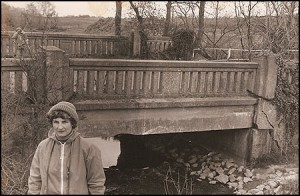 Walk along the closed canal, the bridge was held up by chains, 1980.